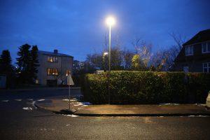 Oplysning af hjørnet Milanovej/Sorrentovej med ny LED lysmast model LUNIA 2
